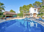 Villa-CAN-SHEVA-Ibiza-Exterieur-piscine_04_1600px-min-1079x720-2
