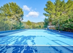 Villa-CAN-SHEVA-Ibiza-Exterieur-tennis-min-1079x720-2