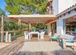 Villa-CAN-SHEVA-Ibiza-Exterieur-terasse_10_1600px-min-1079x720-2