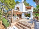 Villa-CAN-SHEVA-Ibiza-Exterieur-terasse_11_1600px-min-1079x720-2