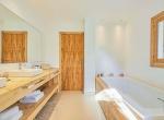 Villa-CAN-SHEVA-Ibiza-Room-1-salle-de-bain_48_1600px-min-1079x720-2